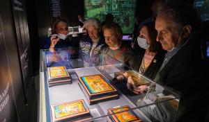 Открылась выставка лаковых миниатюр «Заступник Отечества»